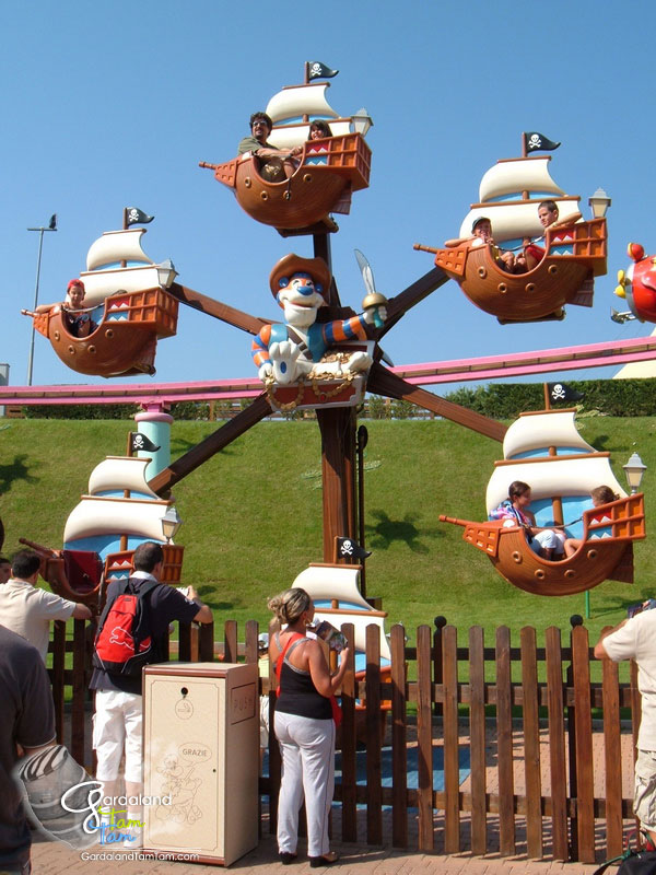 Attrazioni gardaland parksland for Cabine del parco statale di hammonasset