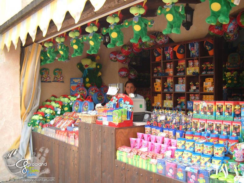 Gardaland tam tam tesoro di aladino for Casa di caramelle